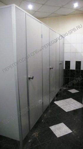 Туалетные перегородки Стандарт+ (серый) в спорткомплеке ГазПром-2