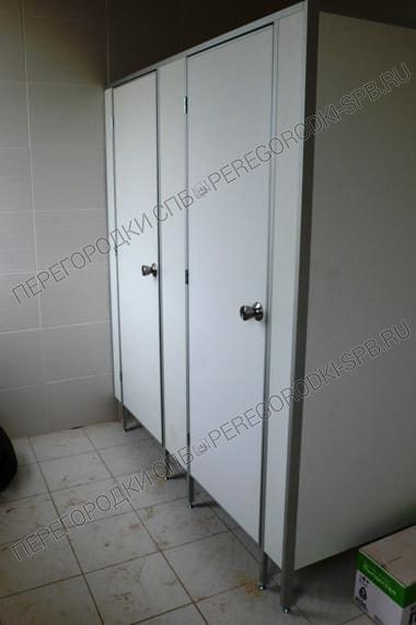 Туалетные сантехнические в БЦ Маяк