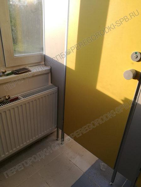 santehnicheskie-tualetnye-kabinki-v-shkolu-364-5