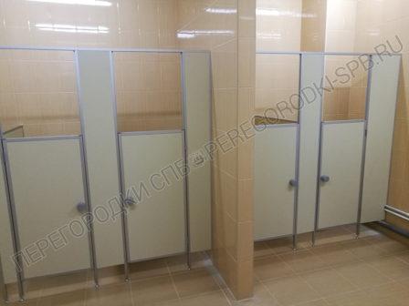 Сантехнические туалетные кабины в детский сад на ул. Парашютной