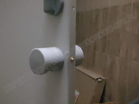 tualetnye-kabinki-dlya-gostinitsy-arbital-5