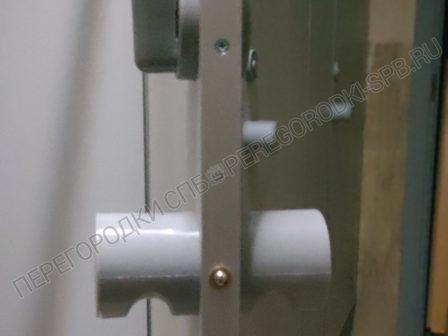 tualetnye-kabinki-dlya-gostinitsy-arbital-6