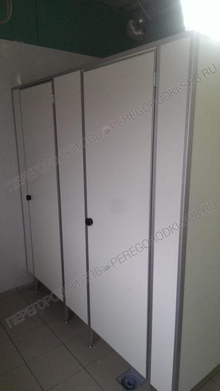tualetnye-kabiny-dlya-gruzovogo-terminala-pulkovo-2