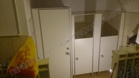 tualetnye-peregorodki-dlya-detskogo-sada-53-2