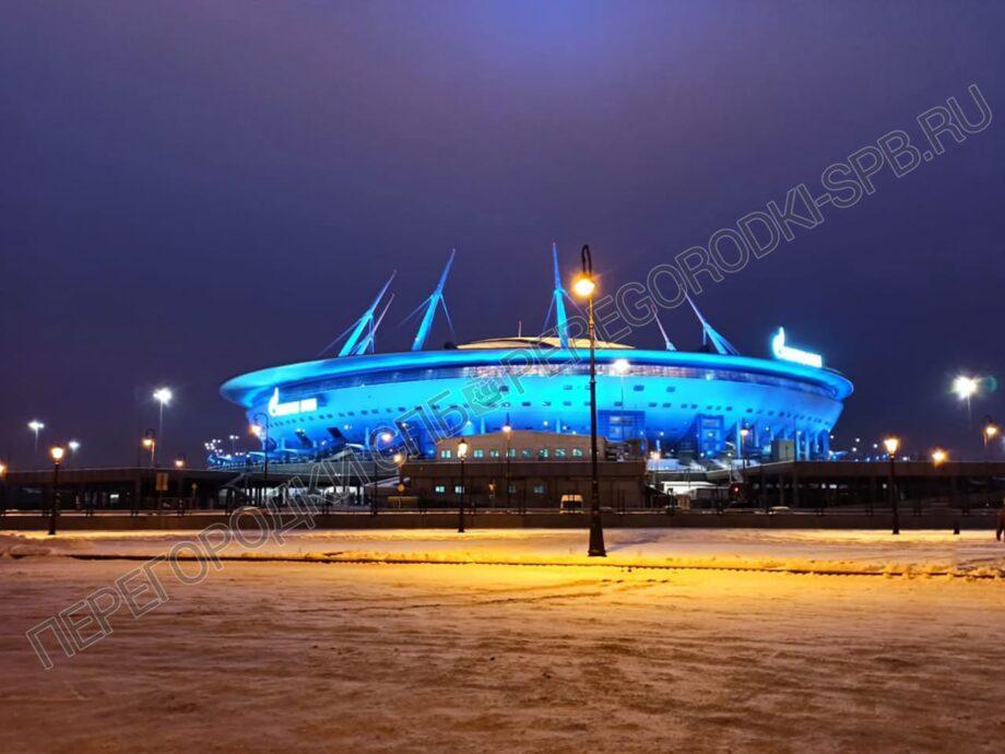7. peregorodki-dlya-dushevyh-i-tualetov-zenit-arena