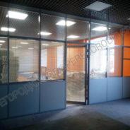 Офисные перегородки с заполнением из плиты МДФ и стекла-4