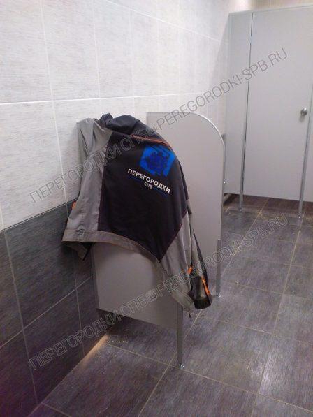 Сантехнические перегородки туалетные и писсуарные