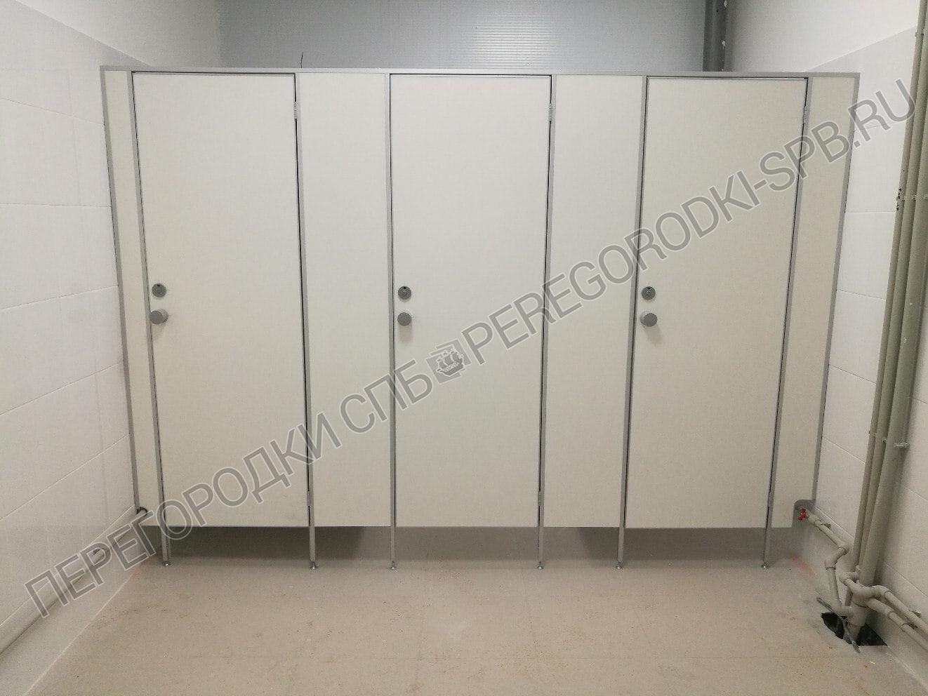 Туалетные перегородки в логистическом центре Магнит-5
