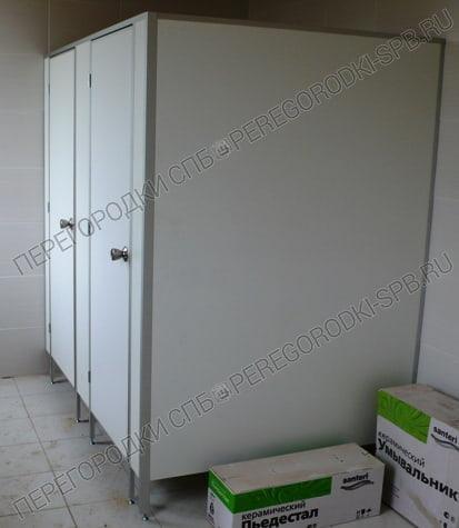 Туалетные сантехнические в БЦ Маяк-2