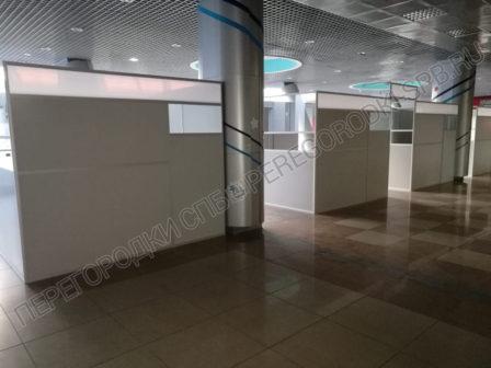 dekoratsii-pasportniy-kontrol-aeroporta-dlya-semki-filma-2