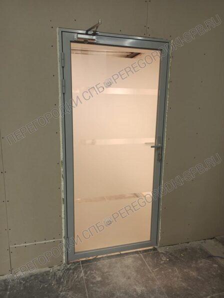 dveri-iz-zakalennogo-stekla-s-peskostruynoy-obrabotkoi-1