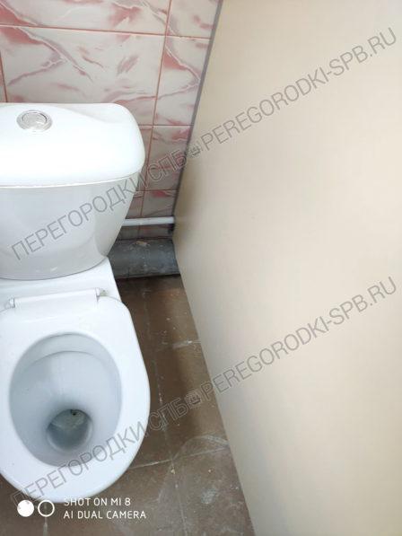 kabinki-dlya-tualeta-v-detskom-sadu-5