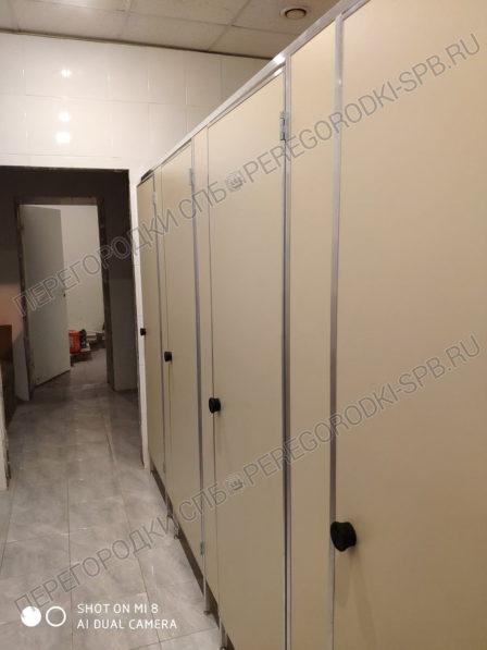 kabiny-v-tualet-dlya-magazina-magnit-2