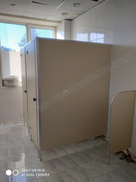 kabiny-v-tualet-dlya-magazina-magnit-4