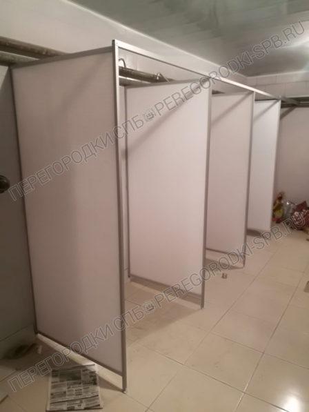 okno-dveri-ekrany-i-peregorodki-v-sanuzel-7