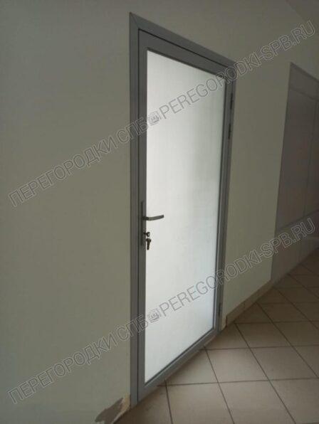 peregorodki-i-dveri-v-stroitelnyh-proemah-6
