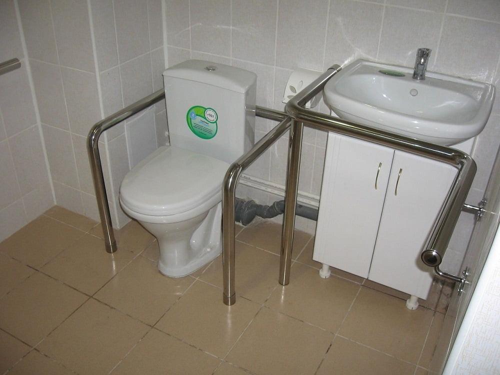 Поручни для инвалидов в санузлы