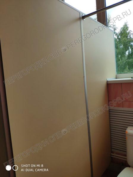 tualetnye-kabinki-dlya-zavoda-arsenal-2