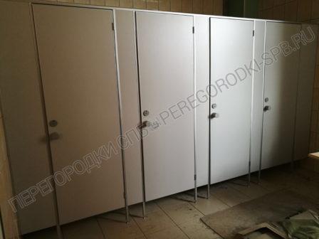 tualetnye-kabiny-dlya-fort-2