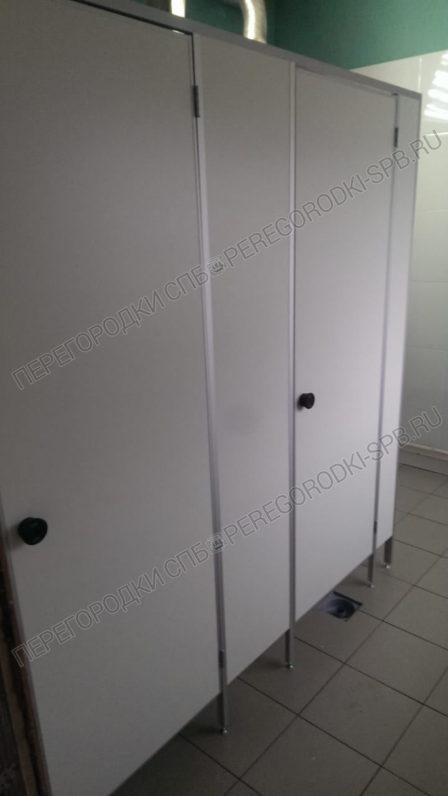 tualetnye-kabiny-dlya-gruzovogo-terminala-pulkovo