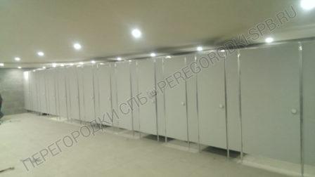 tualetnye-kabiny-v-ispolnenii-ekonom-oblegchennyi