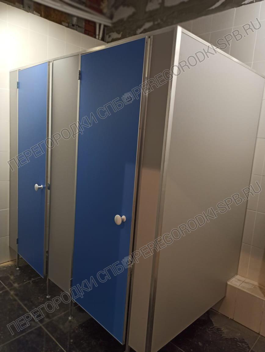 tualetnye-kabiny-v-ispolnenii-ekonom