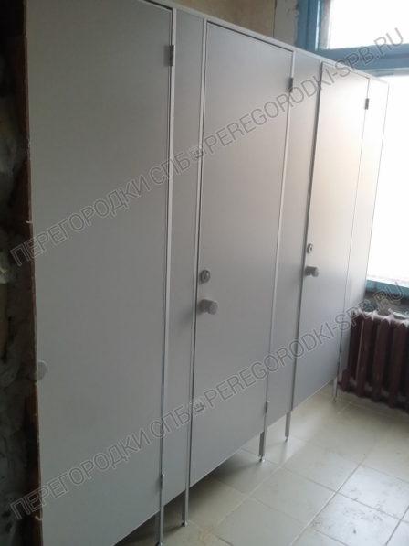 tualetnye-peregorodki-dlya-kompanii-viktoriya-2