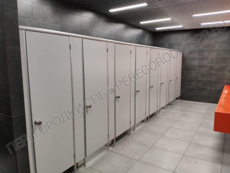 tualetnye-peregorodki-dlya-sanuzlov-v-magazine-ikea