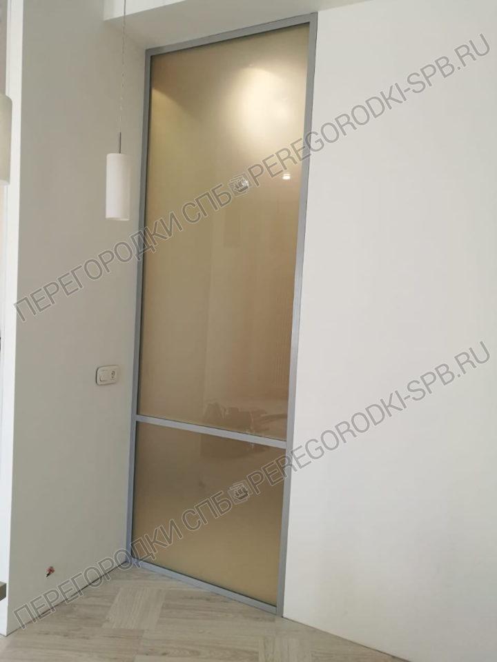 vnutrennyaya-steklyannaya-interernaya-peregorodka-v-kvartire